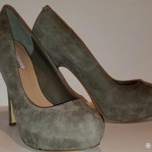 Steve Madden 6 inch heel pumps